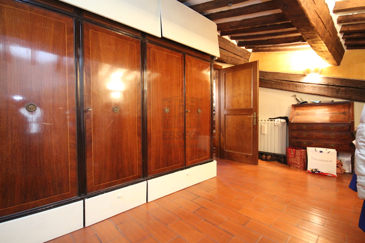 Appartamento Lucca Centro storico IA03457 img 14