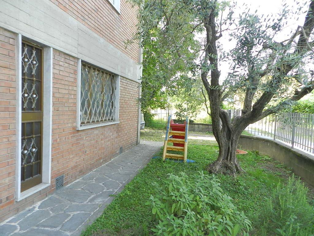 IA03375 Lucca