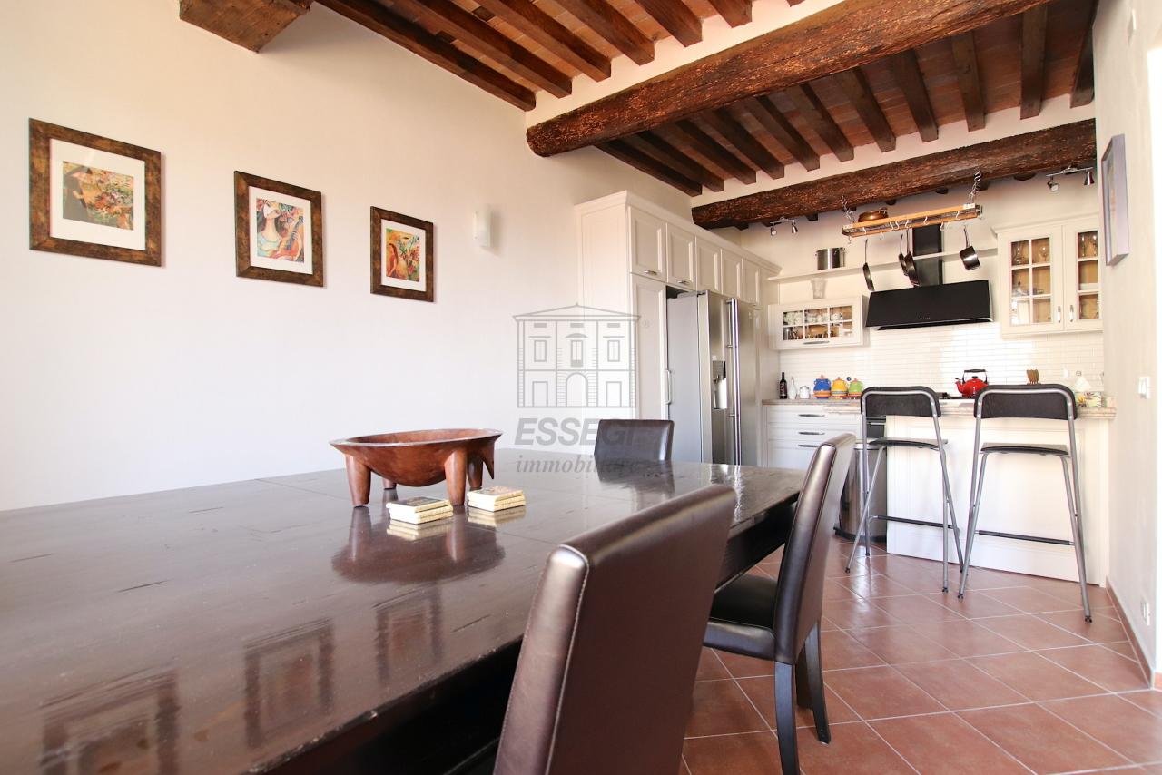 Appartamento Lucca Centro storico IA01844 img 6