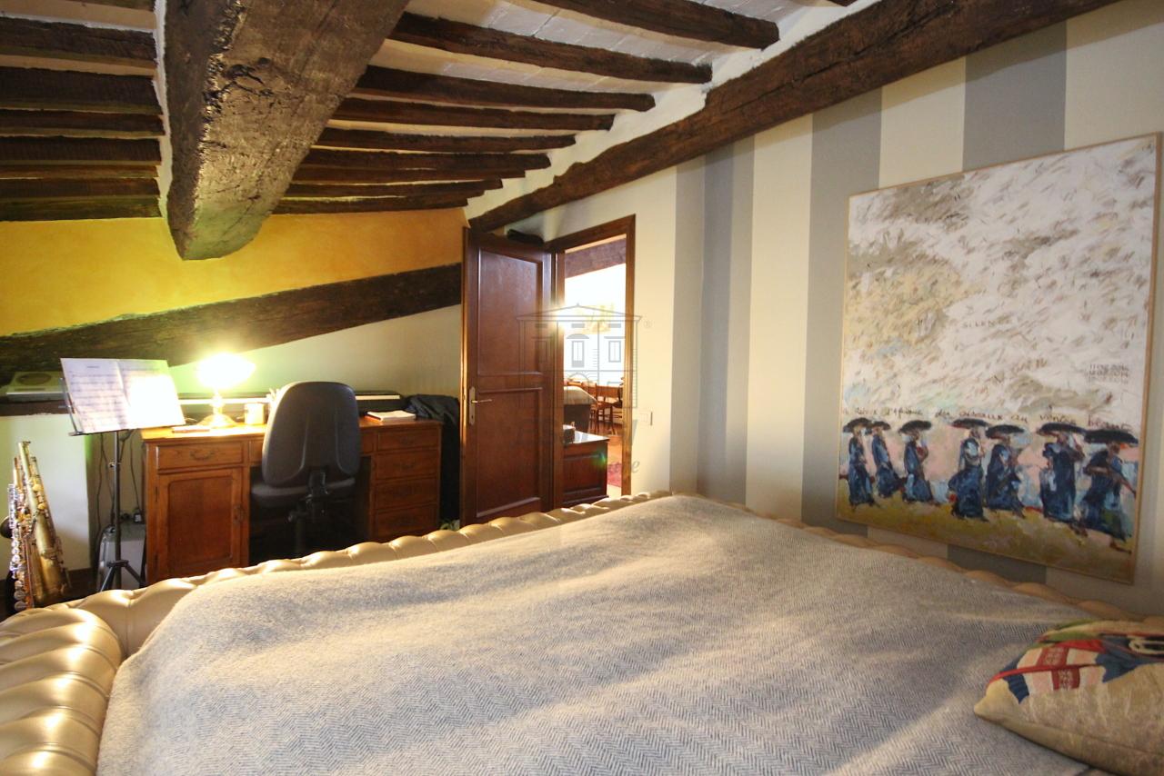 Appartamento Lucca Centro storico IA03457 img 6