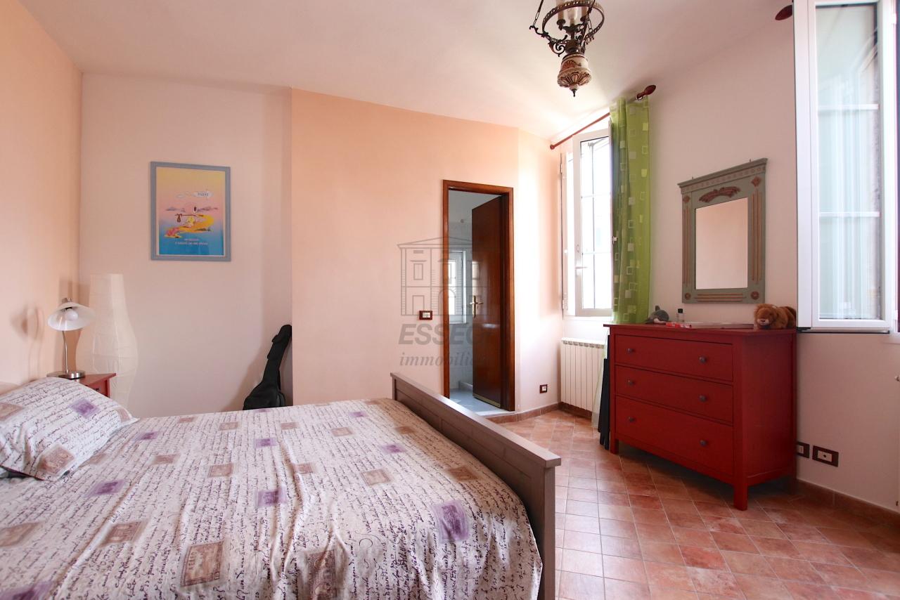 Appartamento Lucca Centro storico IA03545 img 20