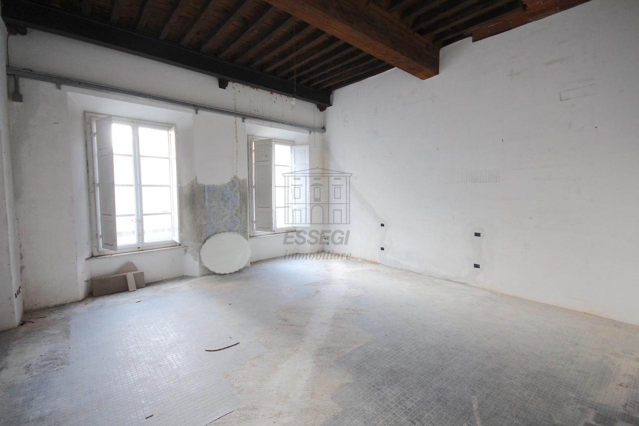 Appartamento Lucca Centro storico IA03452 img 10