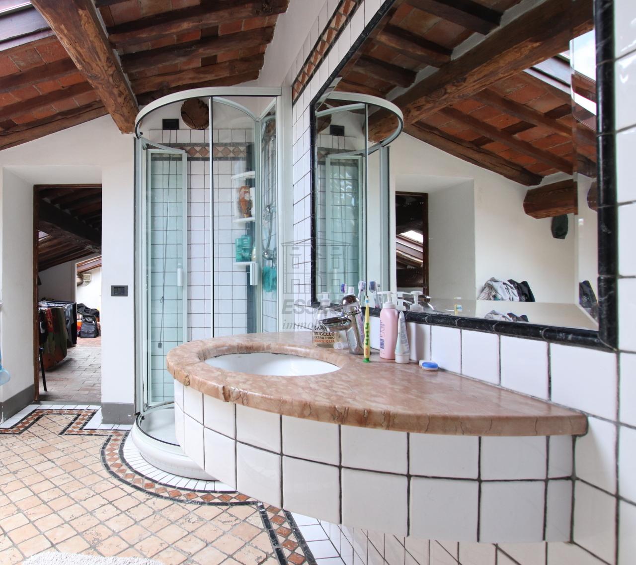 Appartamento Lucca Centro storico IA03533 img 12