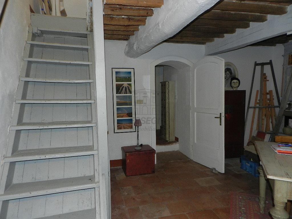 Casa colonica Lucca Monte S. Quirico IA03418 img 20