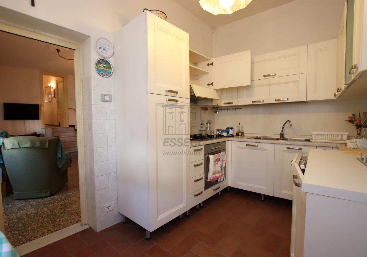 Appartamento Lucca Centro storico IA03499 img 9
