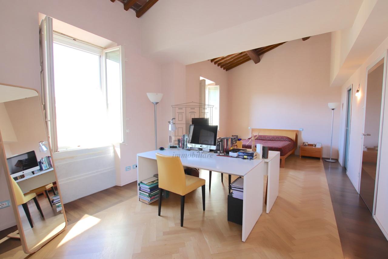 Appartamento Lucca Centro storico IA03502 img 38