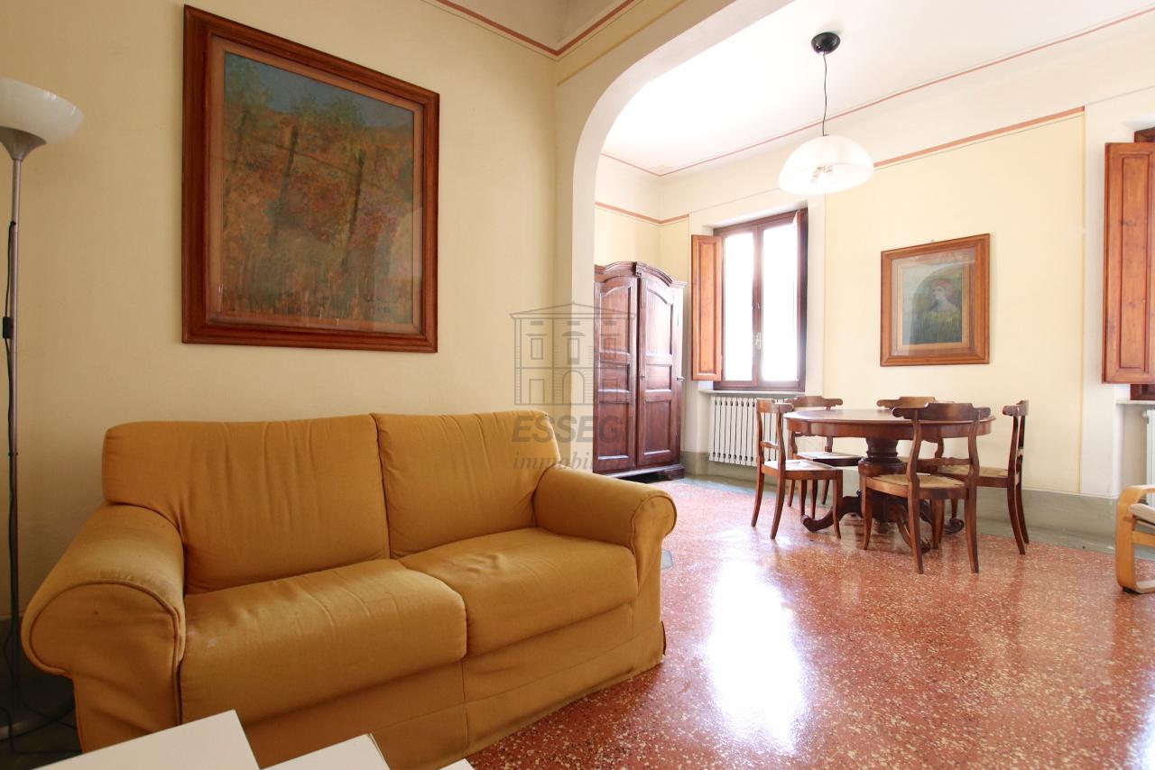 Appartamento Lucca Centro storico IA01764 img 2