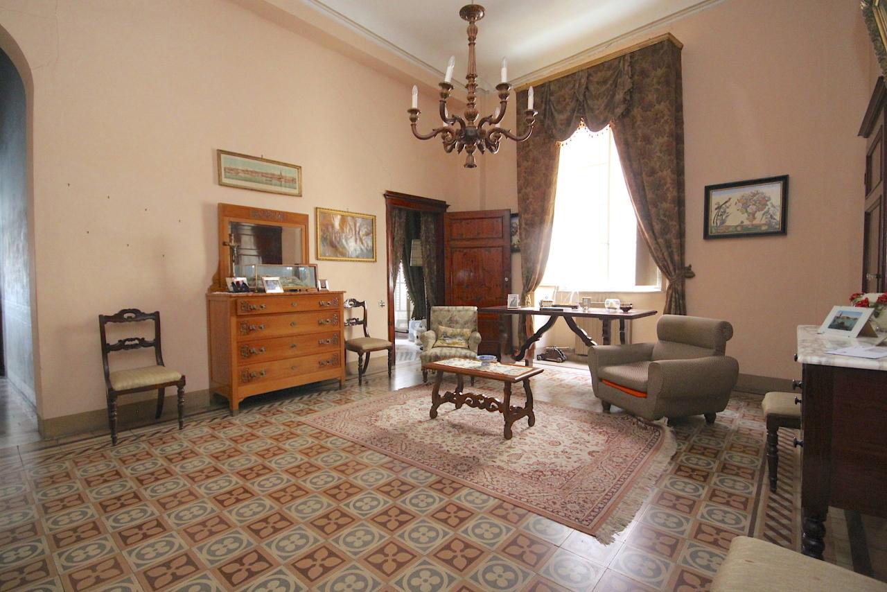 IA03446 Lucca Centro storico