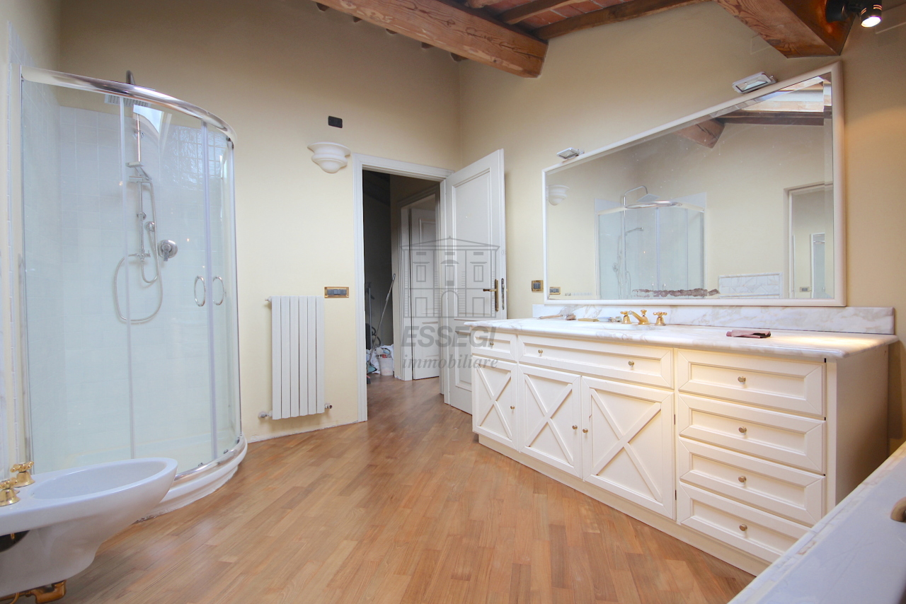 Appartamento Lucca Circonvallazione IA01661 img 2