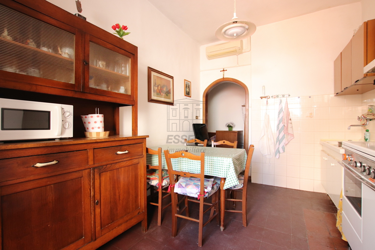 Appartamento Lucca Centro storico IA02084 img 9