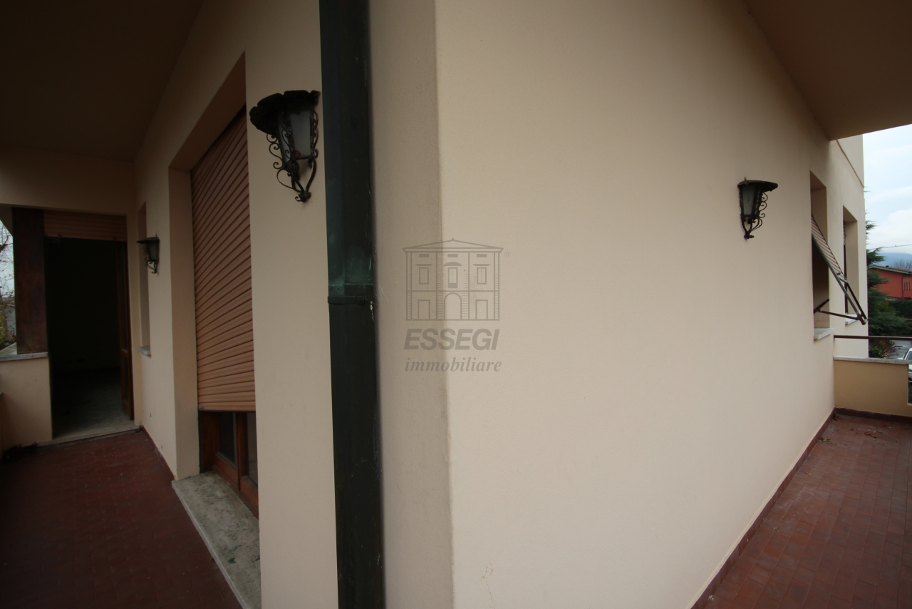 Appartamento Lucca S.Vito IA01504 img 16