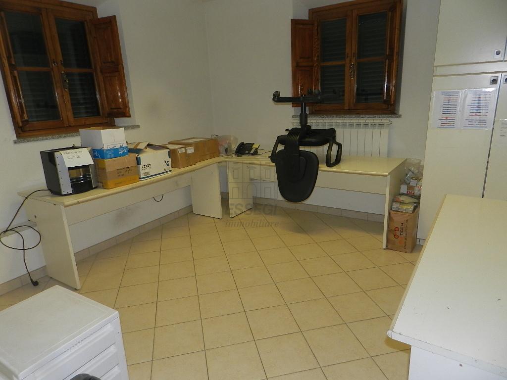 Villa divisa in due unità Lucca S. Cassiano a Vico IA03233 img 20