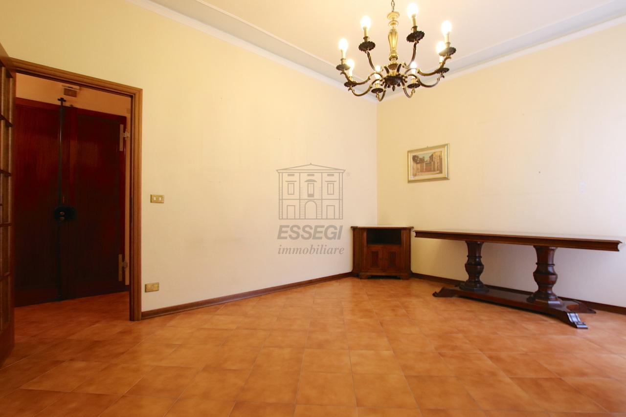 Appartamento Lucca Centro storico IA02135 img 12
