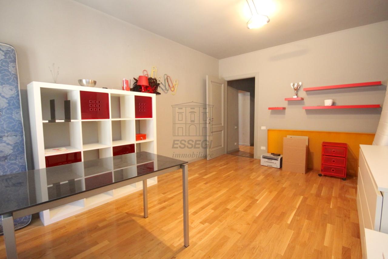 Appartamento Lucca Centro storico IA03272 img 15
