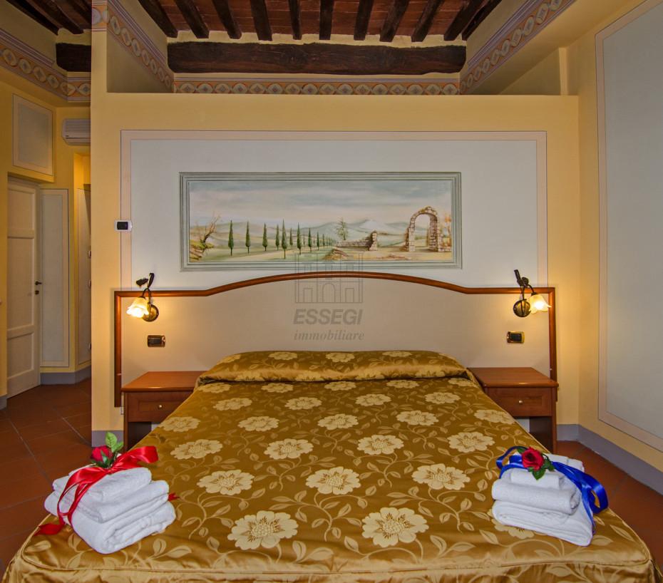 Appartamento Lucca Centro storico IA02635 img 4