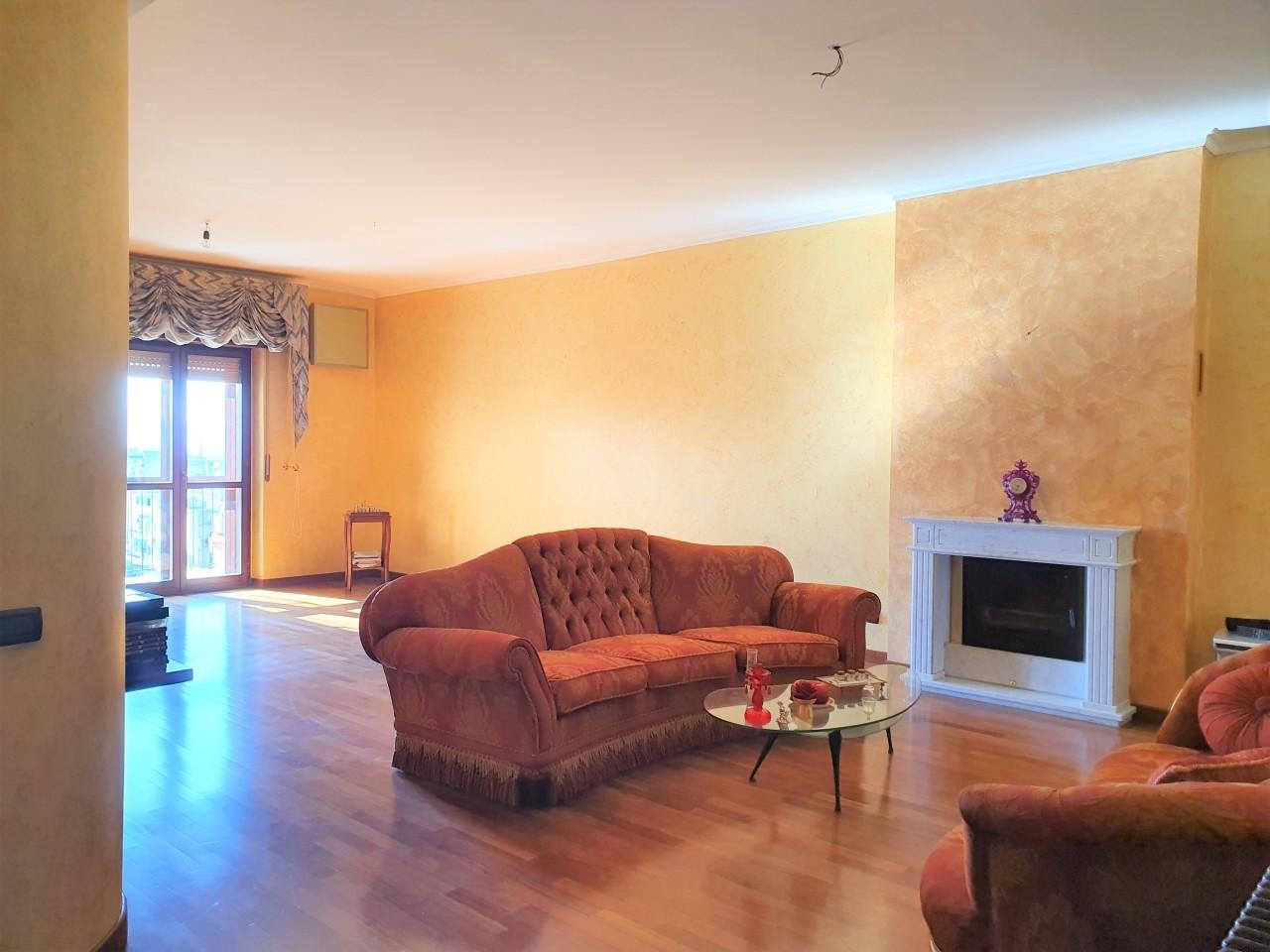 Appartamento in vendita a Reggio Calabria, 4 locali, prezzo € 170.000 | CambioCasa.it