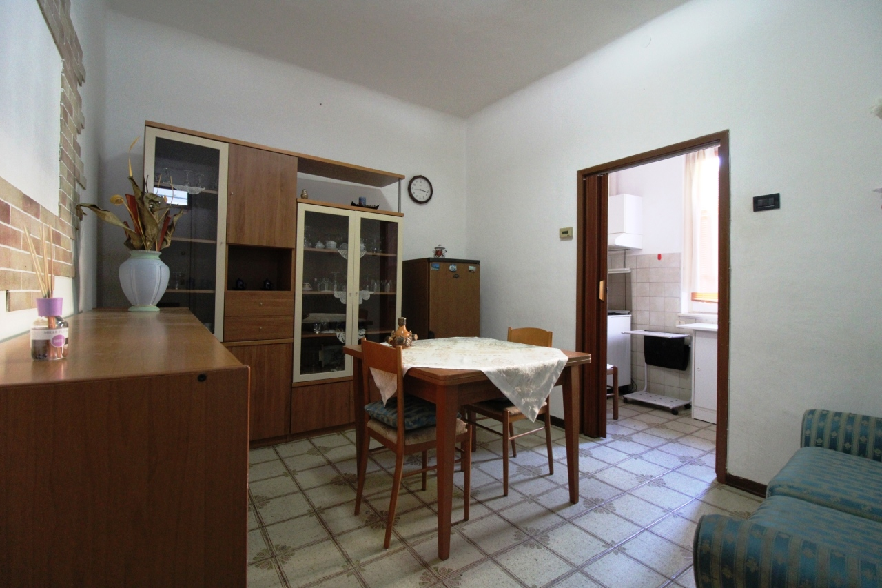 Casa Indipendente in buone condizioni in vendita Rif. 9268162