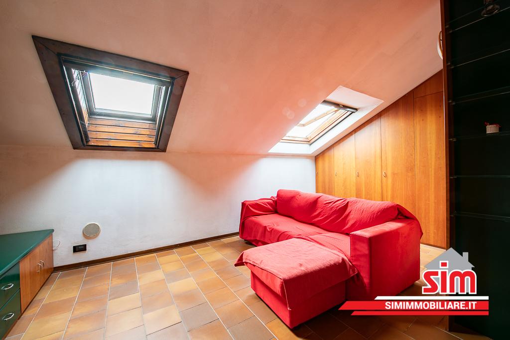 Attico / Mansarda in vendita a Novara, 2 locali, prezzo € 52.000   PortaleAgenzieImmobiliari.it