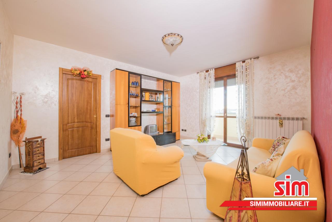 Appartamento in affitto a Trecate, 5 locali, prezzo € 600 | PortaleAgenzieImmobiliari.it