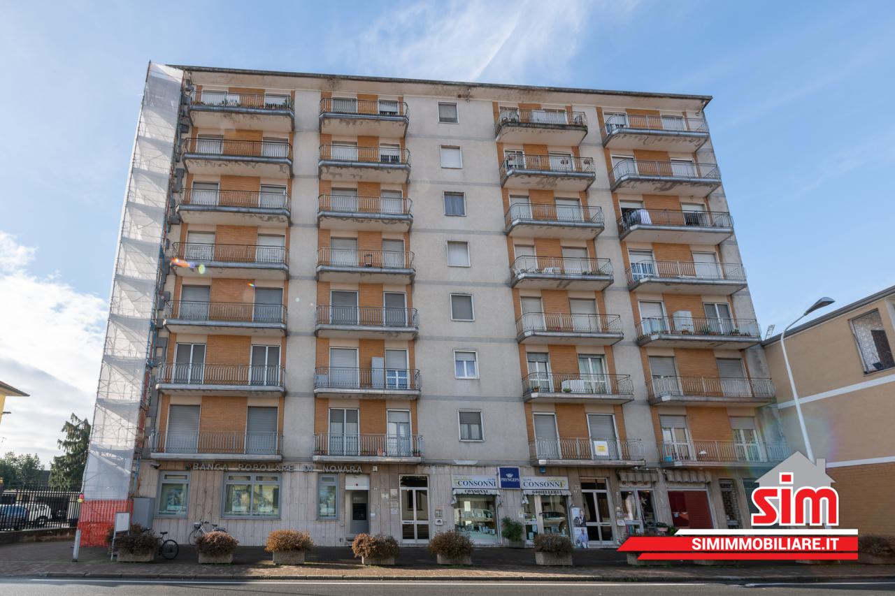 Appartamento in vendita a Momo, 4 locali, prezzo € 50.000   PortaleAgenzieImmobiliari.it