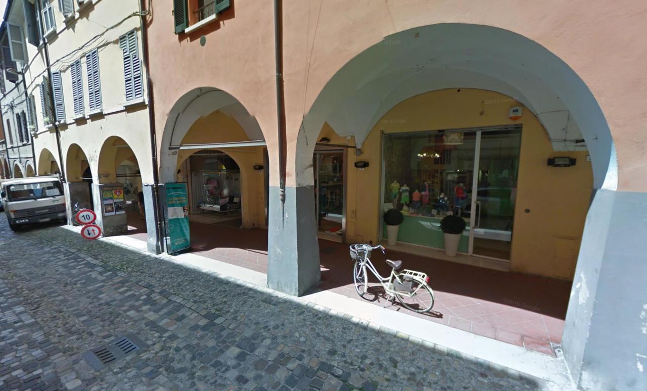 Locale commerciale - 1 Vetrina a Centro storico, Cesena Rif. 8688139