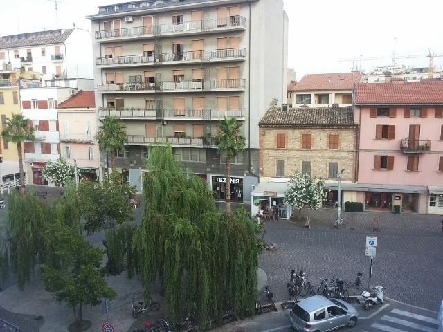 Locale commerciale - Oltre 3 vetrine a San Benedetto del Tronto Rif. 11702456