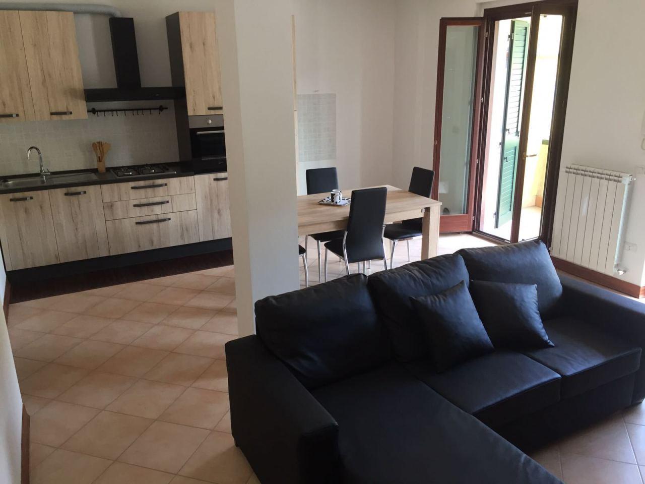 Appartamento in ottime condizioni arredato in vendita Rif. 4144742
