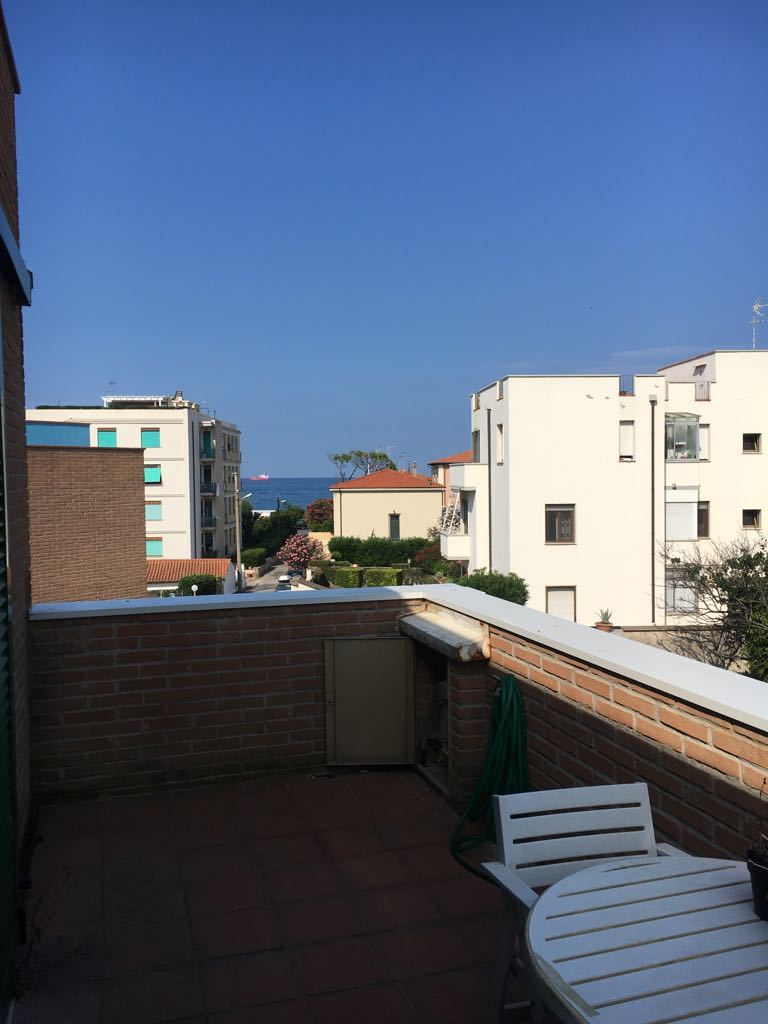 Bilocale in buone condizioni in affitto Rif. 8489046
