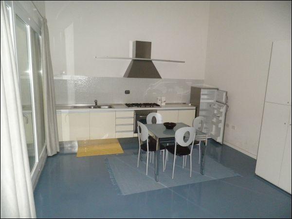 Monolocale arredato in affitto Rif. 9992474