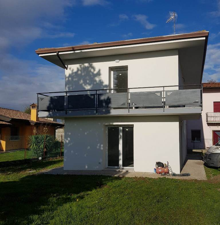Soluzione Indipendente in vendita a Precenicco, 6 locali, prezzo € 158.000 | CambioCasa.it