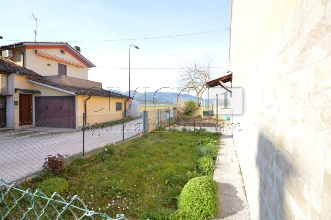 Appartamento in buone condizioni in vendita Rif. 4135933