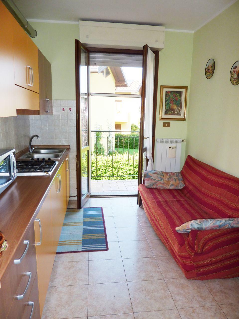 Appartamento in affitto a Cardano al Campo, 1 locali, prezzo € 400 | PortaleAgenzieImmobiliari.it