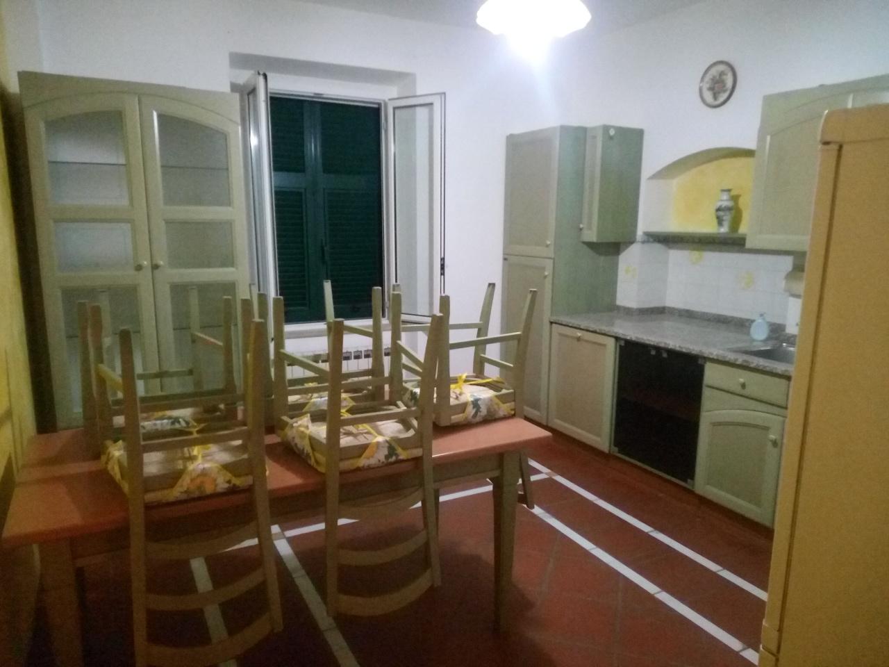 Casa semindipendente in vendita, rif. 2664
