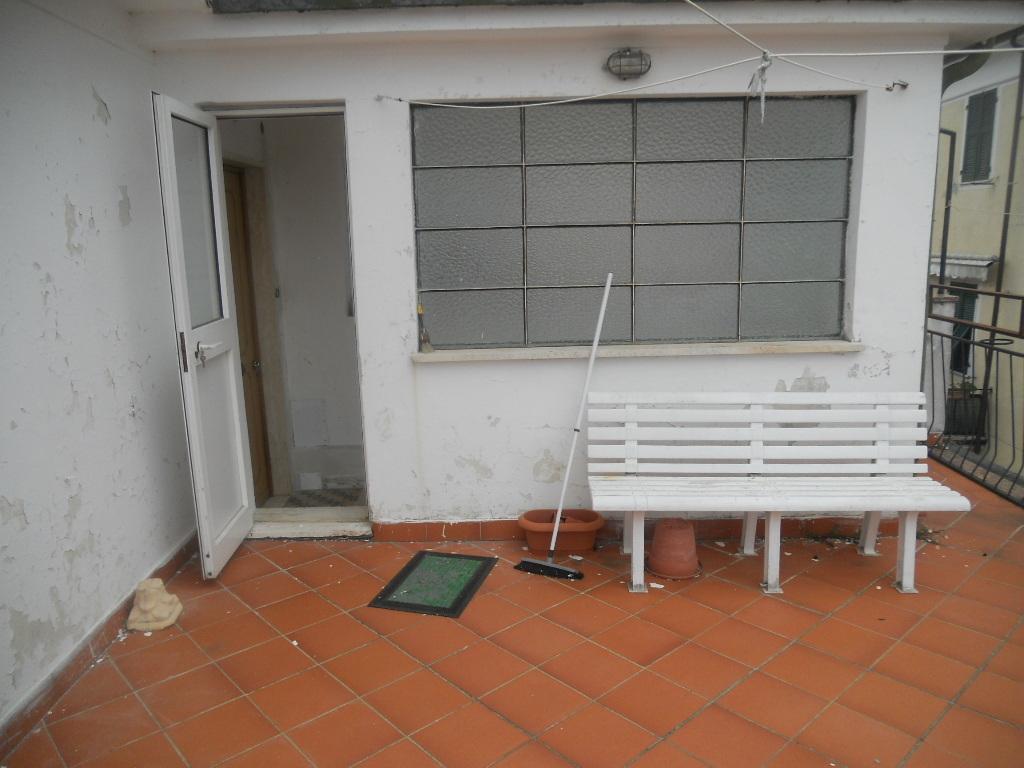 Casa semindipendente in vendita, rif. 2136