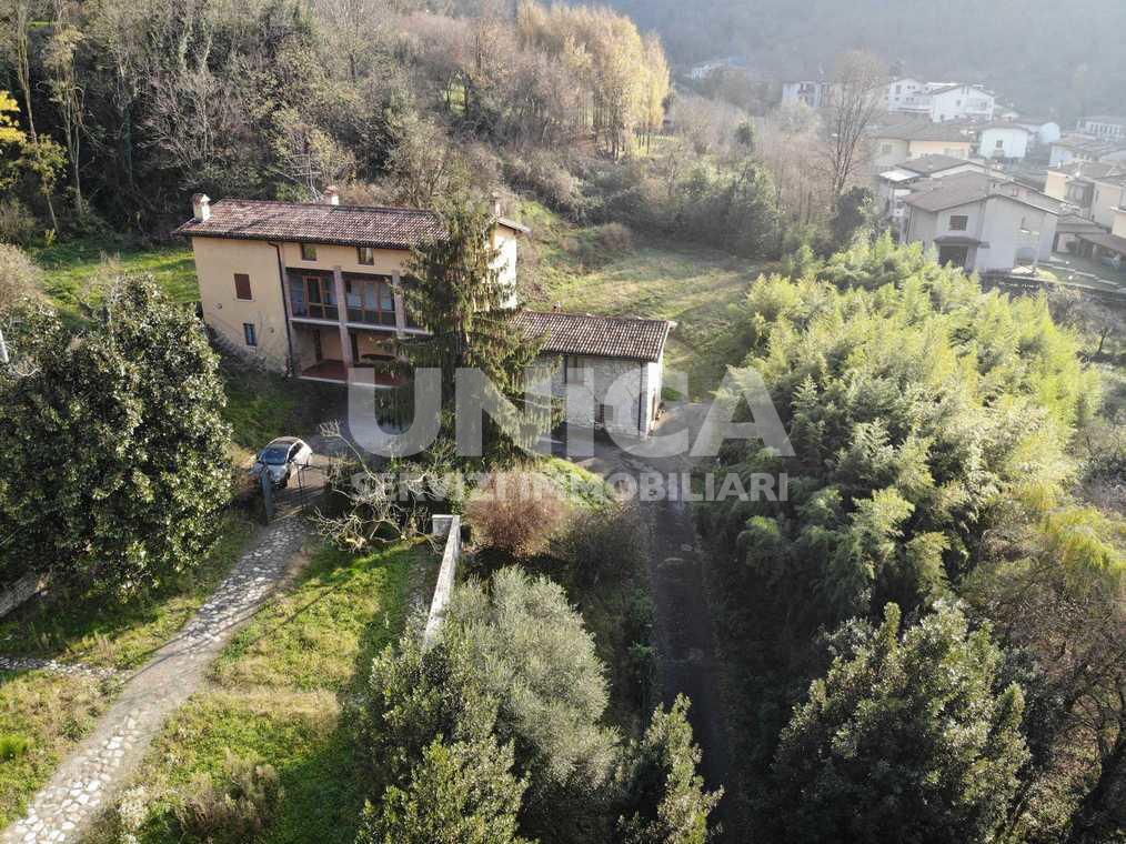 Villa in vendita a Concesio, 20 locali, prezzo € 1.050.000 | PortaleAgenzieImmobiliari.it