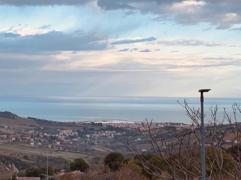 Appartamento in vendita a Acquaviva Picena, 3 locali, prezzo € 105.000 | CambioCasa.it