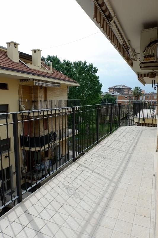 Appartamento - Quadrilocale a Seconda fila mare, San Benedetto del Tronto