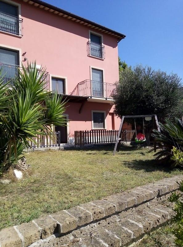 Villa in ottime condizioni in vendita Rif. 10339379