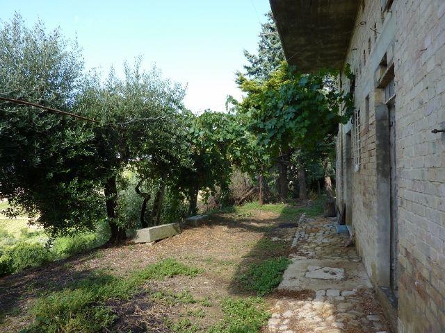Casa Indipendente in discrete condizioni in vendita Rif. 7792049