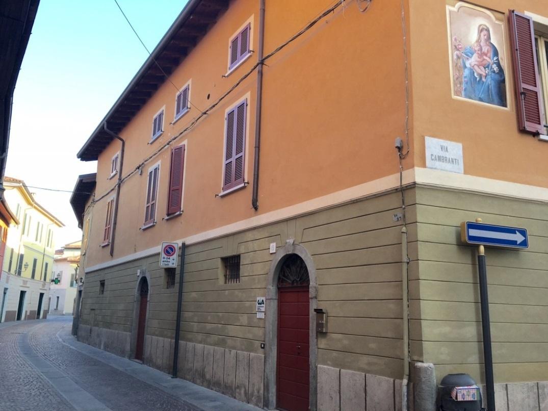 Appartamento in vendita a Chiari, 4 locali, prezzo € 61.000 | CambioCasa.it
