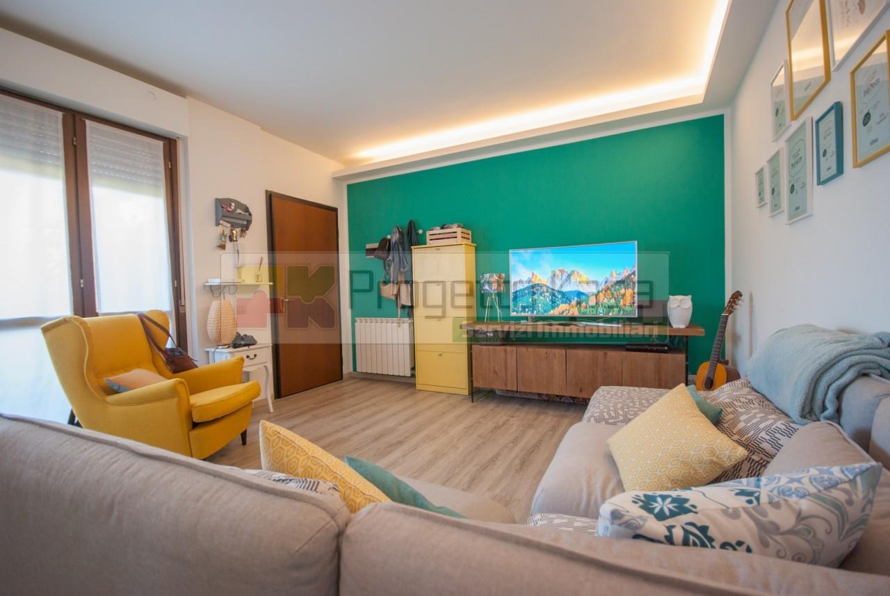 Appartamento in ottime condizioni in vendita Rif. 10985496