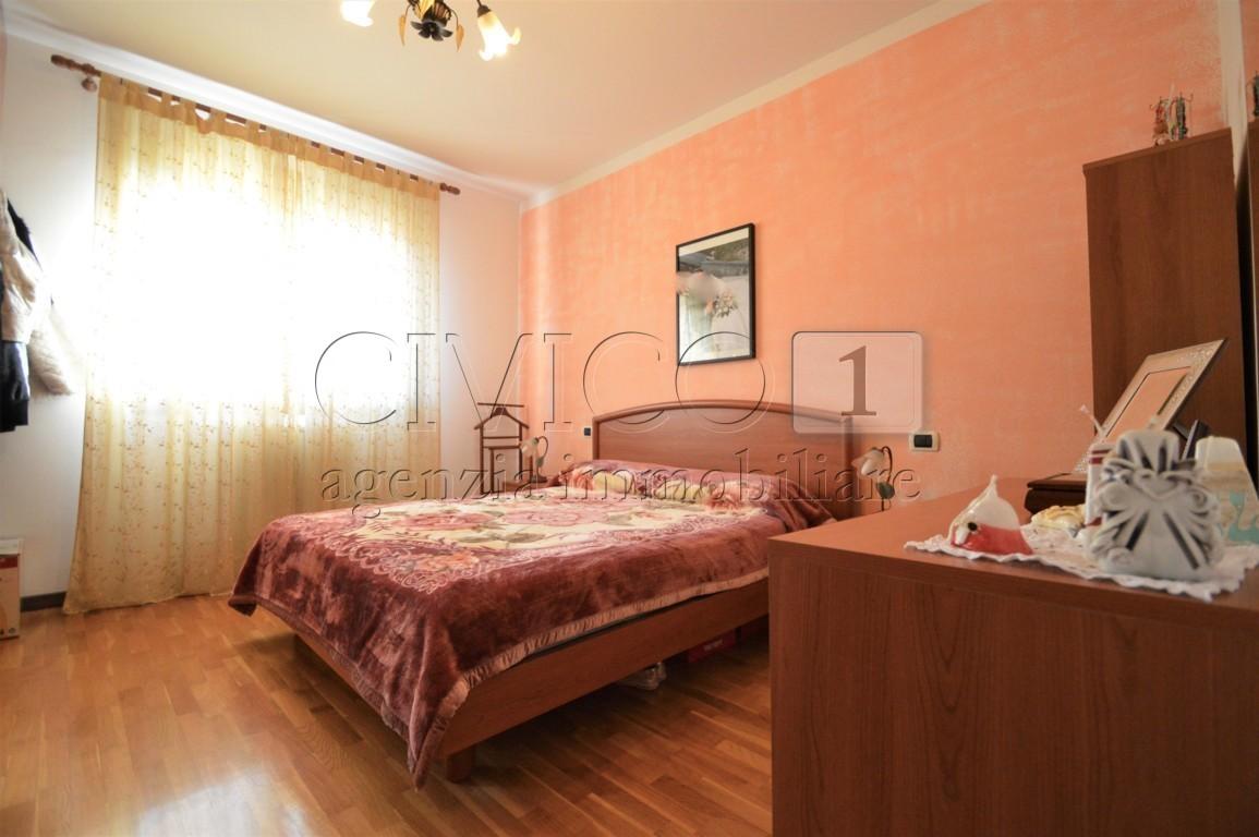 Appartamento in buone condizioni in vendita Rif. 4135918