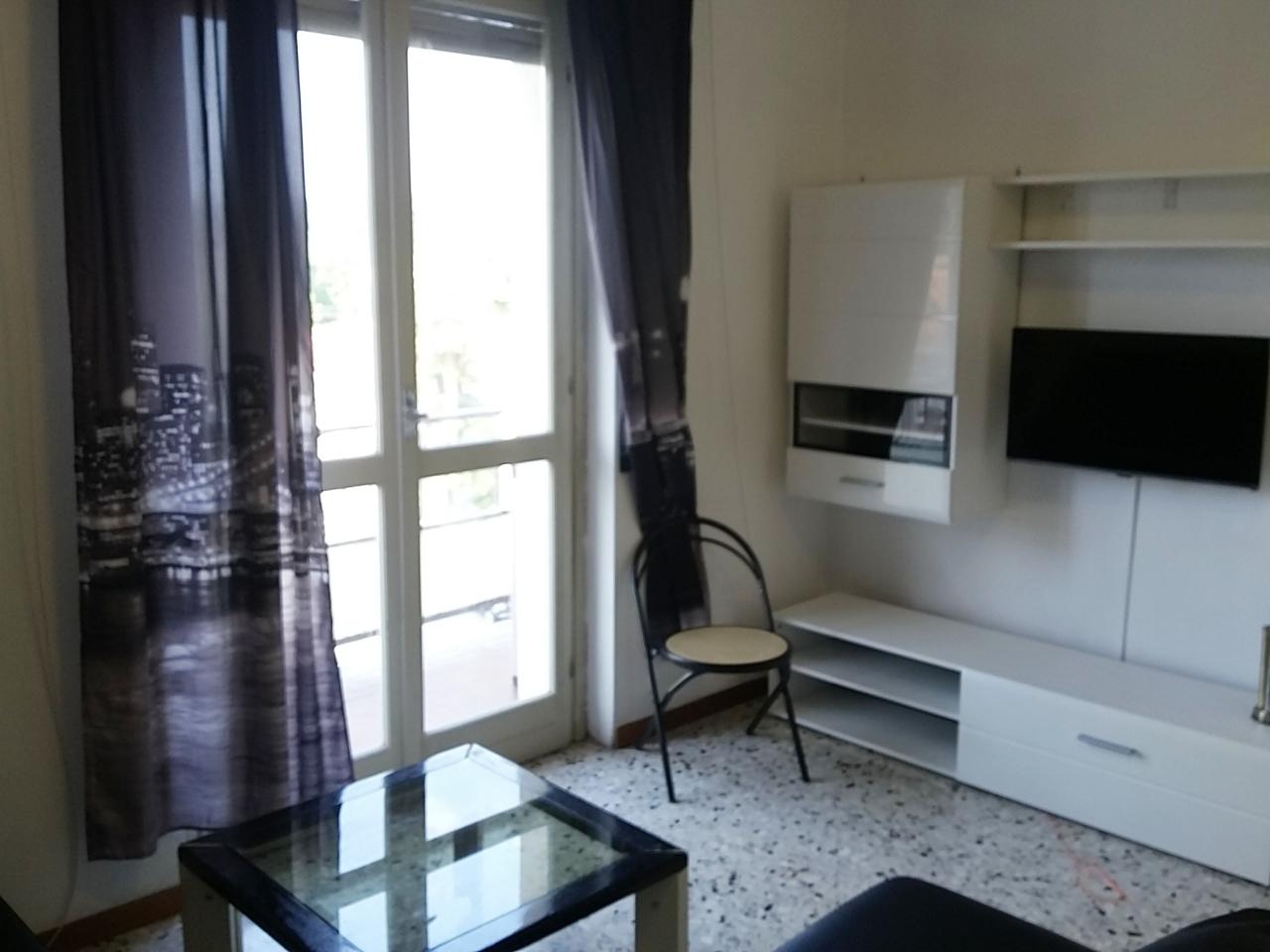 Appartamento in affitto a Somma Lombardo, 3 locali, prezzo € 520 | PortaleAgenzieImmobiliari.it