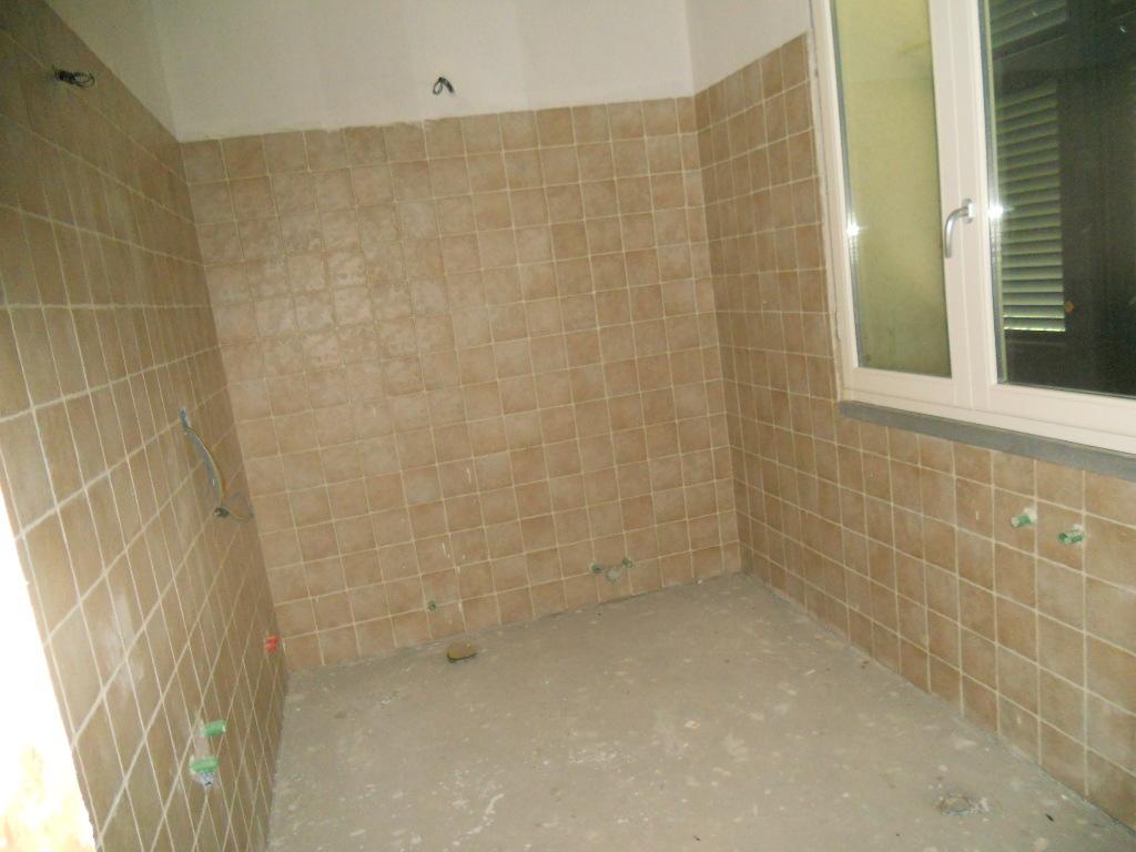 Casa semindipendente in vendita, rif. 2670