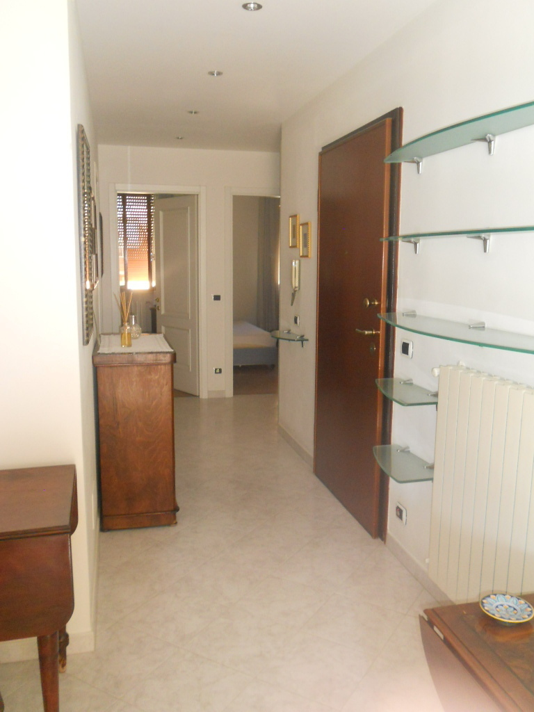 Appartamento in vendita, rif. 2249