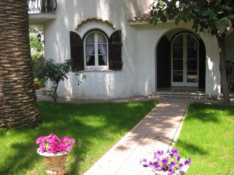 Villa da ristrutturare in vendita Rif. 9581038