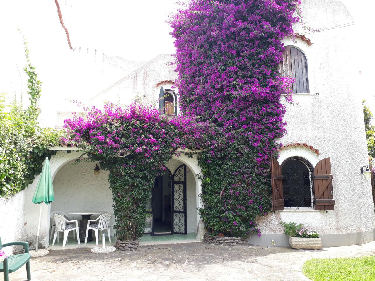 Villa da ristrutturare in vendita Rif. 6382344