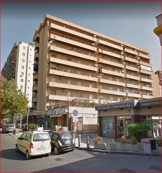 Appartamento - Esavani a VIALE STRASBURGO, Palermo