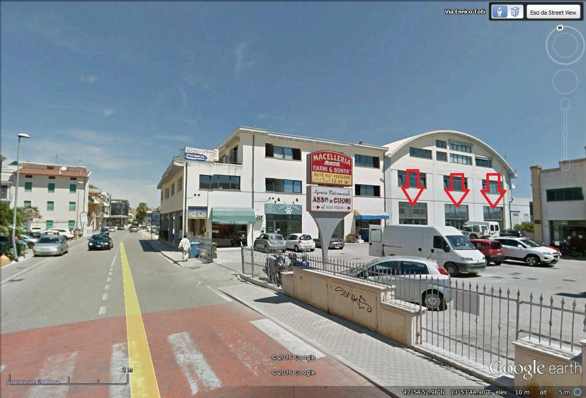 Locale commerciale - Oltre 3 vetrine a Porto d'Ascoli, San Benedetto del Tronto Rif. 4145664