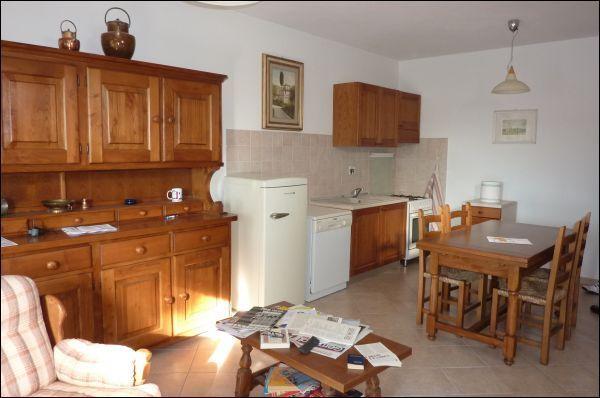 Appartamento in vendita a Montopoli in Val d'Arno, 4 locali, prezzo € 160.000 | CambioCasa.it